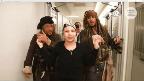 Johnny Depp Surprises Sick Children In Australian Hospital - Chicago Tribune