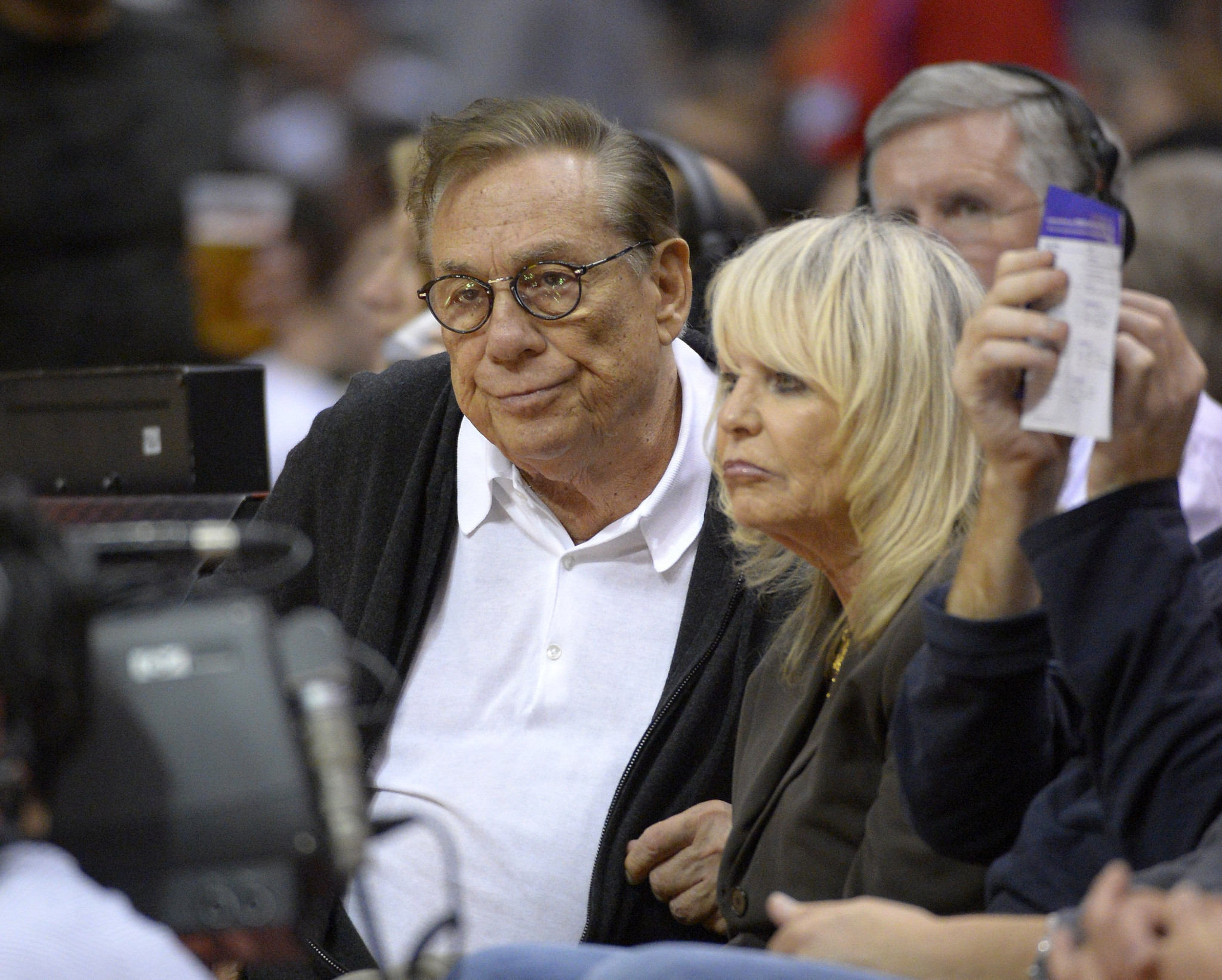 Former Clippers owner Donald Sterling files for divorce