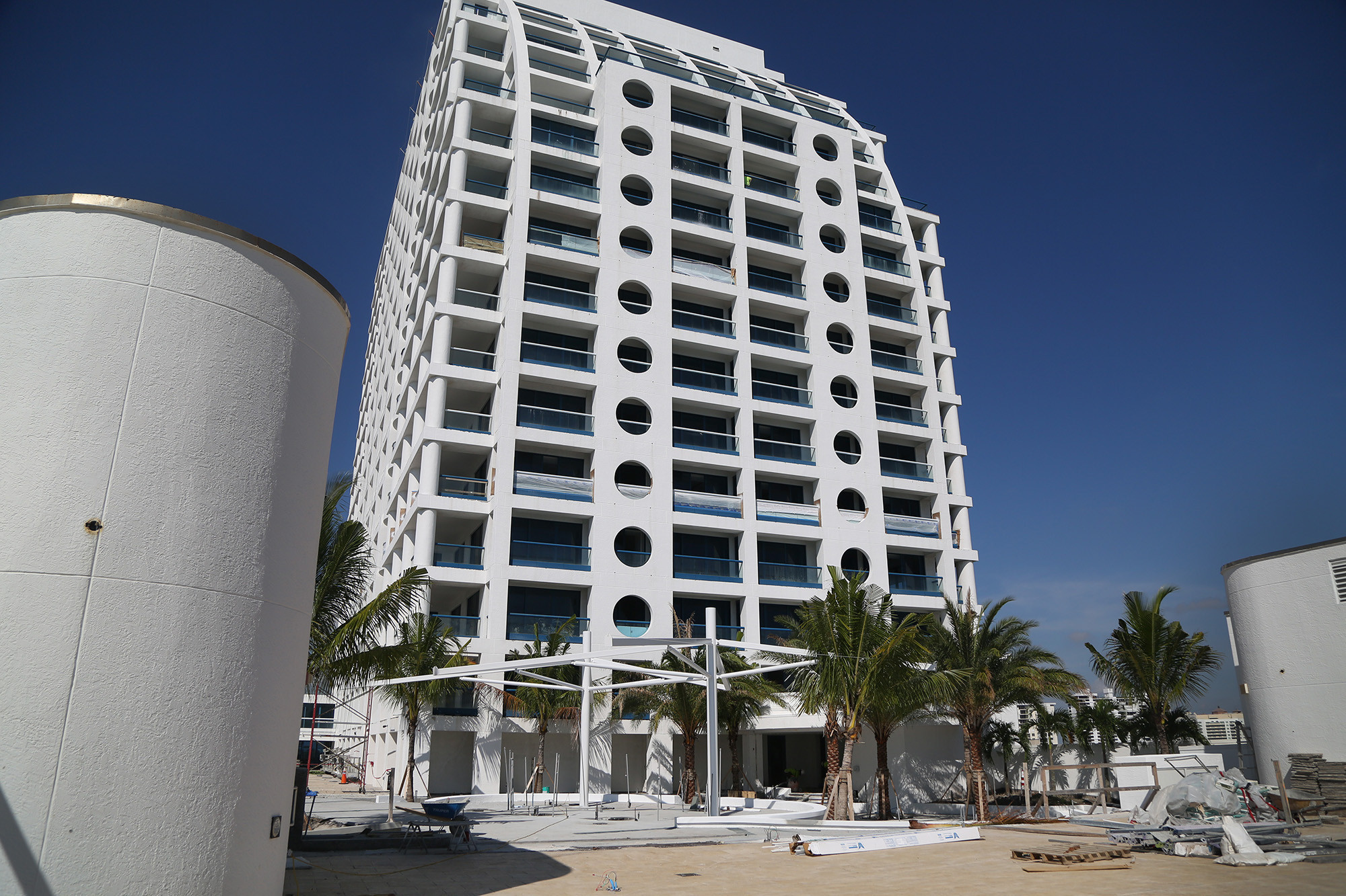 Conrad Fort Lauderdale Beach Resort to open in early 2016