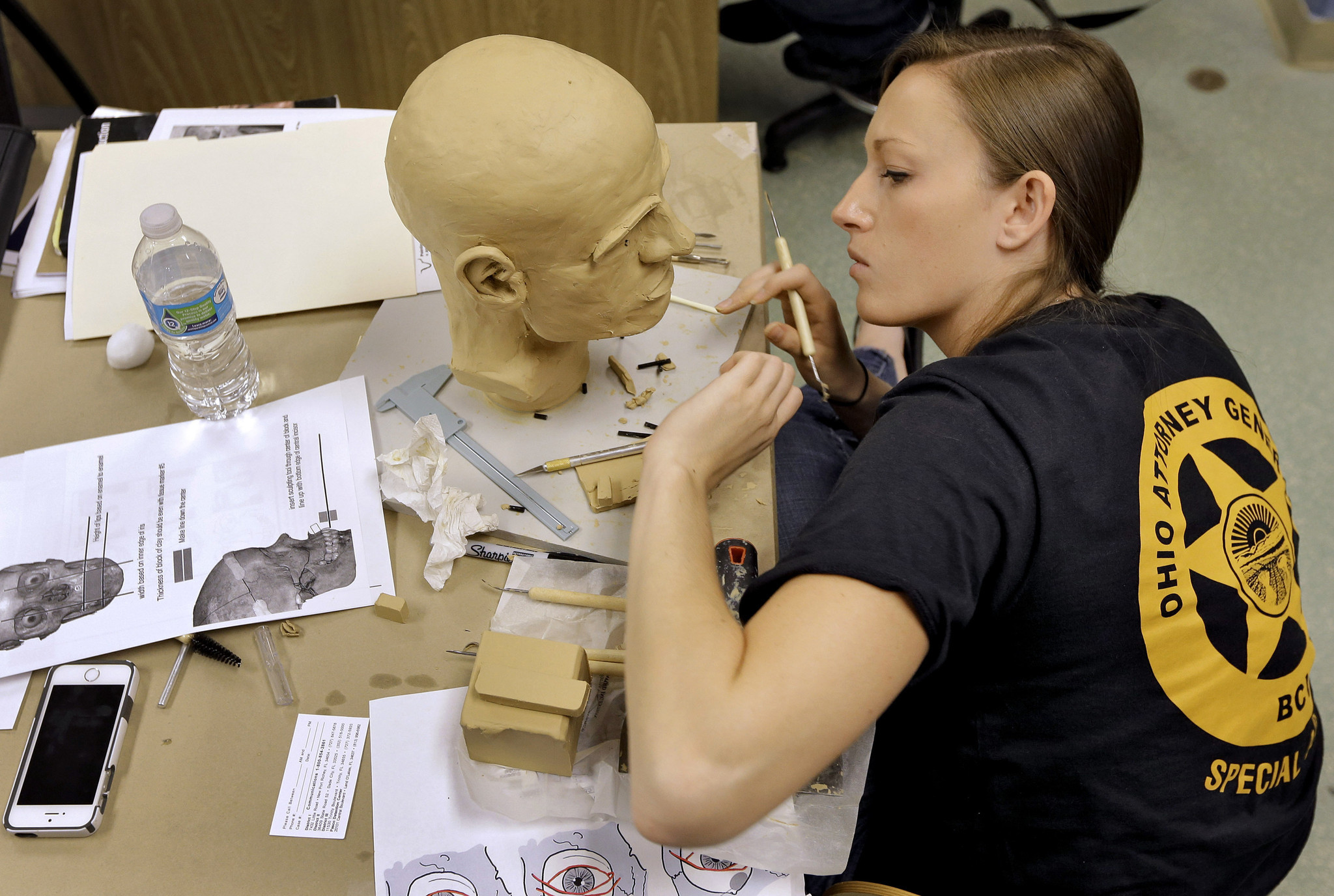 Florida Forensic Artists Bring The Dead Back To Life For
