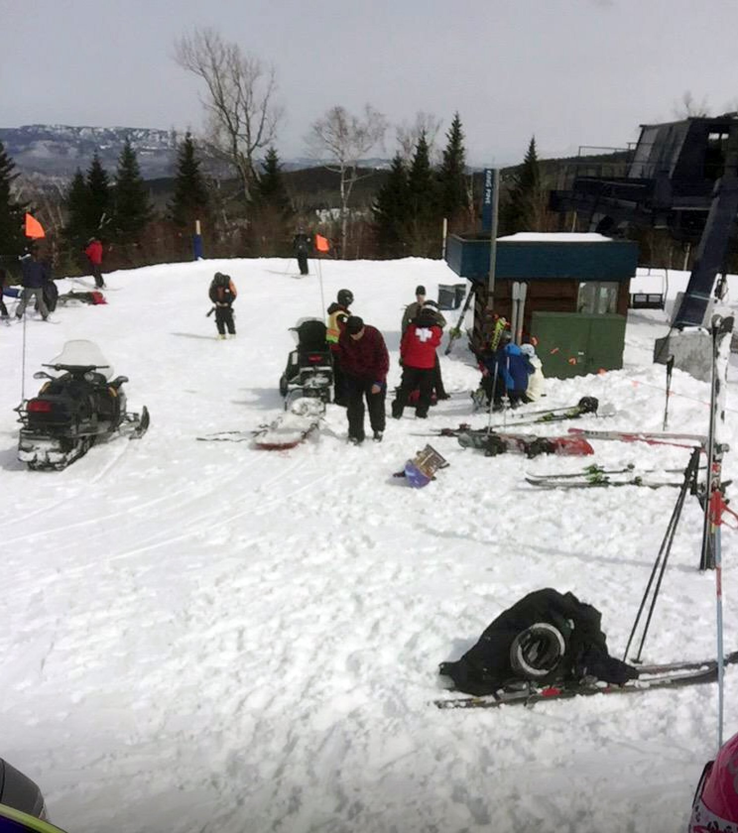 ski chair lift malfunction ikea poang chairs brake design flaw contributed to maine chairlift the san diego union tribune