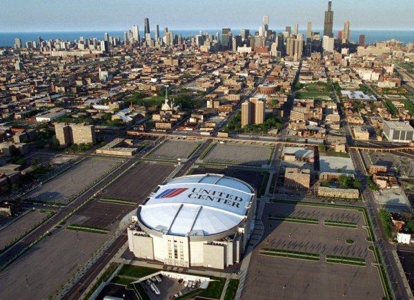 Chicago United Center Outside