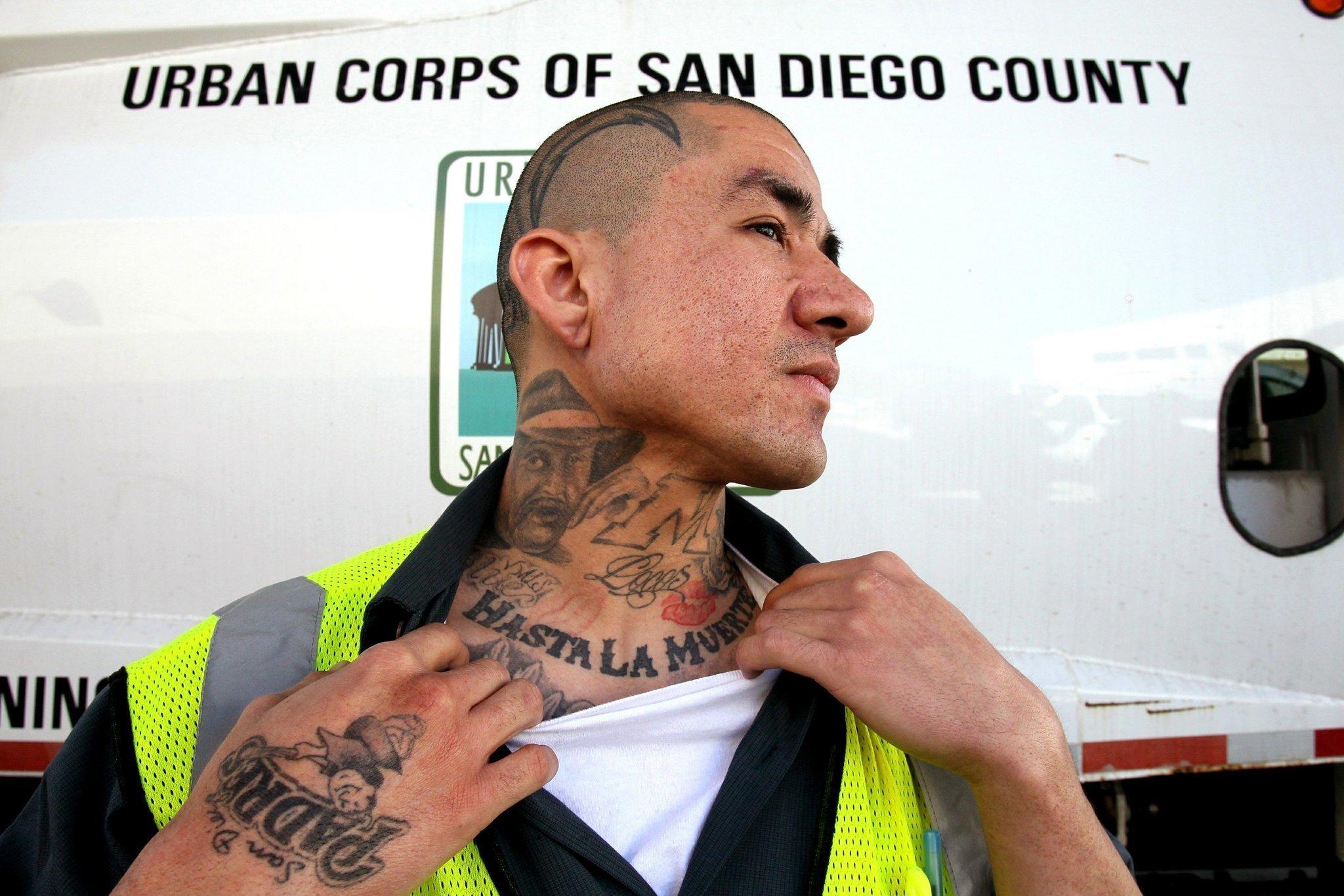 Exgang member earns national honor  The San Diego Union