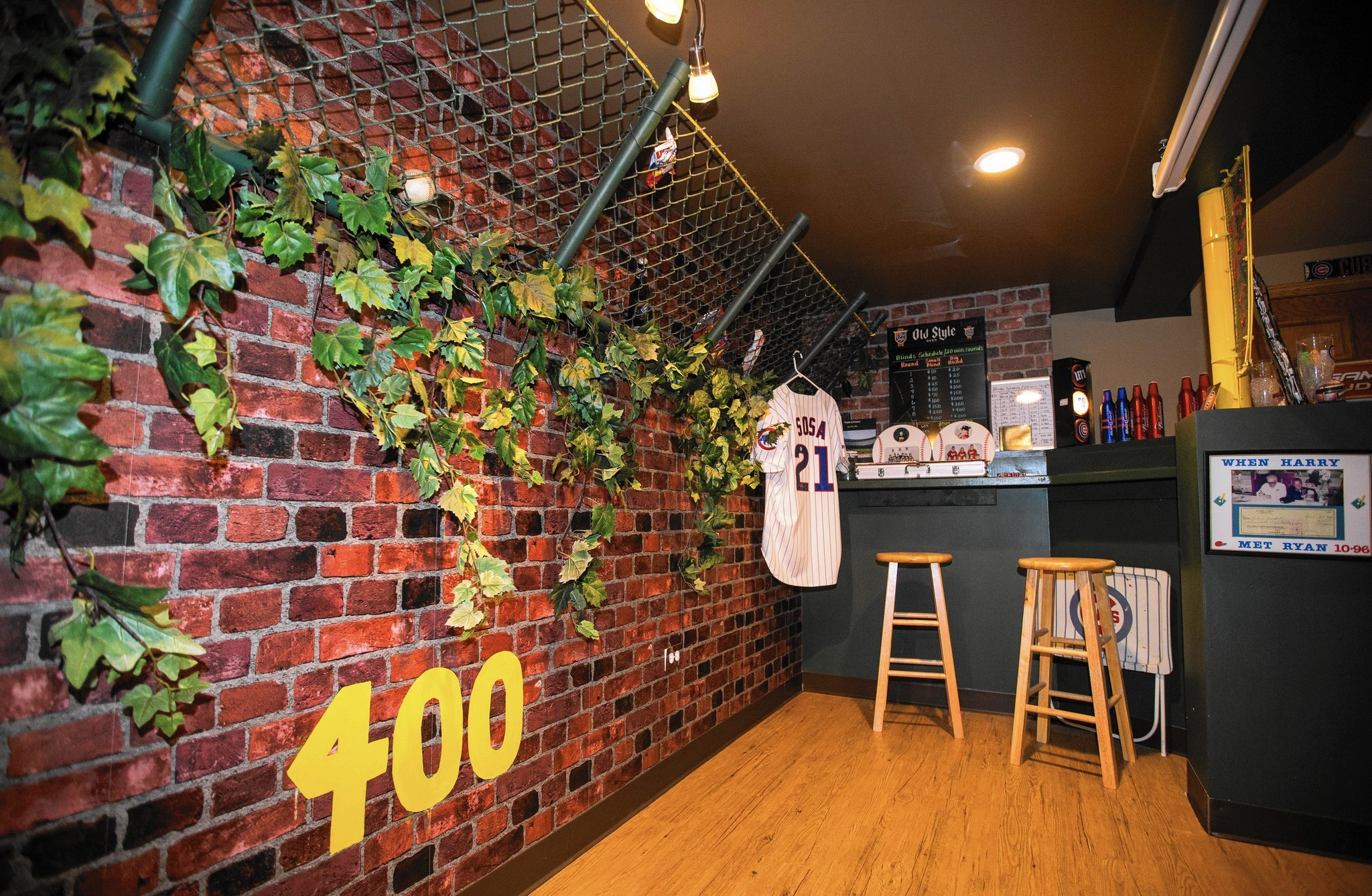 Tinley Park Cubs fans to watch playoffs from their replica