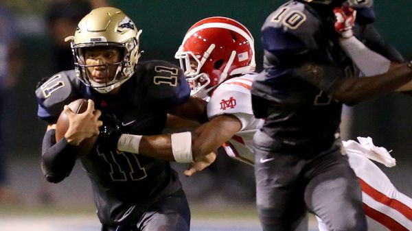 Speedy St. John Bosco Quarterback -al Mitchell Upholds Winning Tradition - La Times