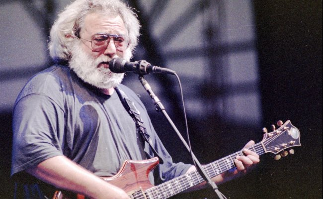 Jerry Garcia S Guitar Bought For 1 9m At New York Auction