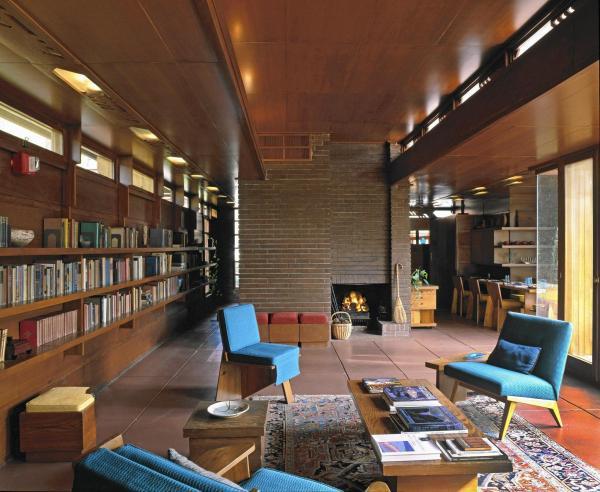 In Frank Lloyd Wright' Influence Interior