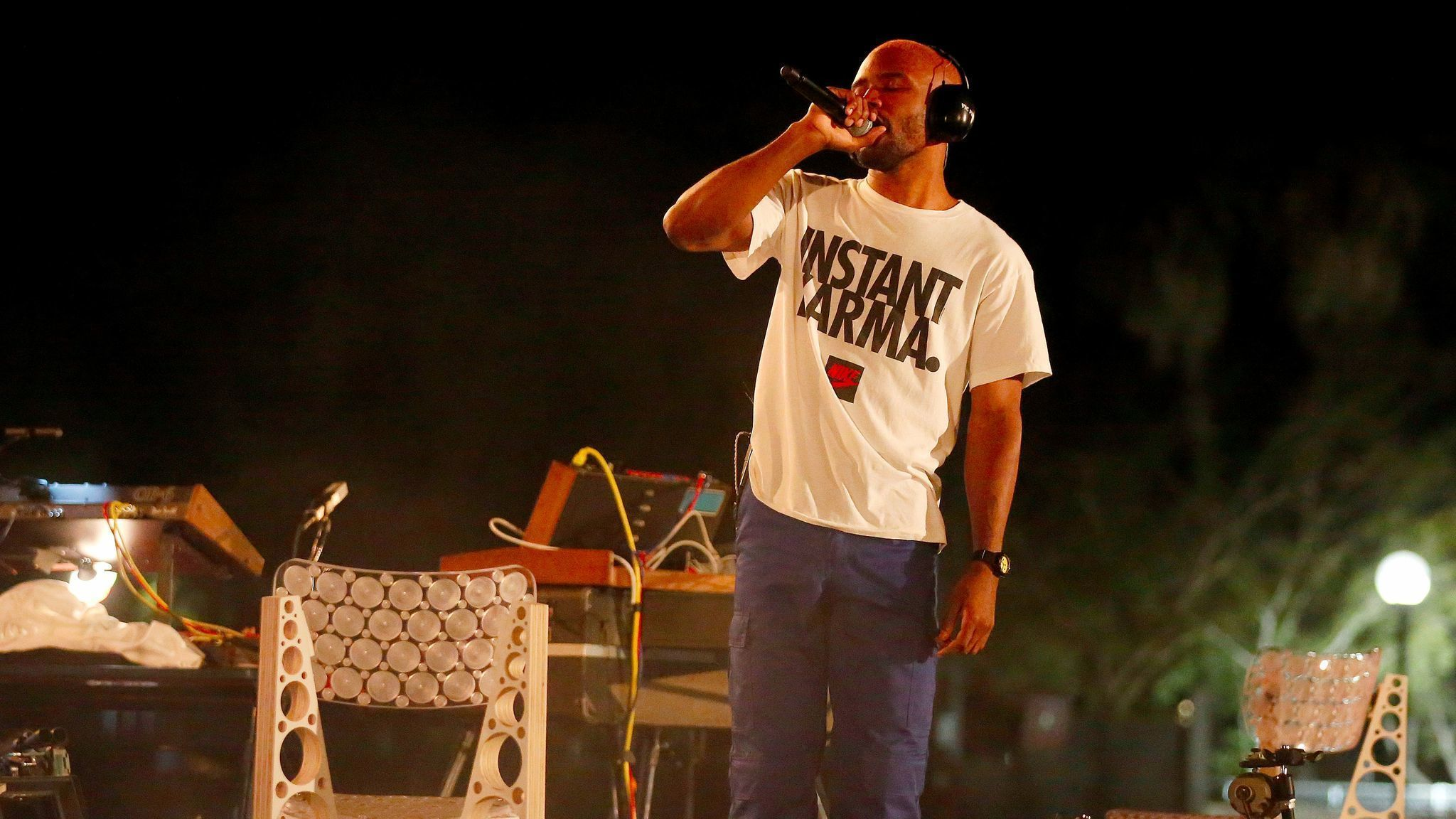 chair covers jackson ms towel lounge how frank ocean  and brad pitt made fyf fest feel one