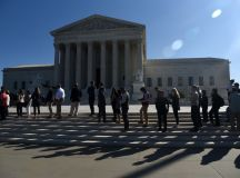 Supreme Court justices seem divided in key Wisconsin case ...