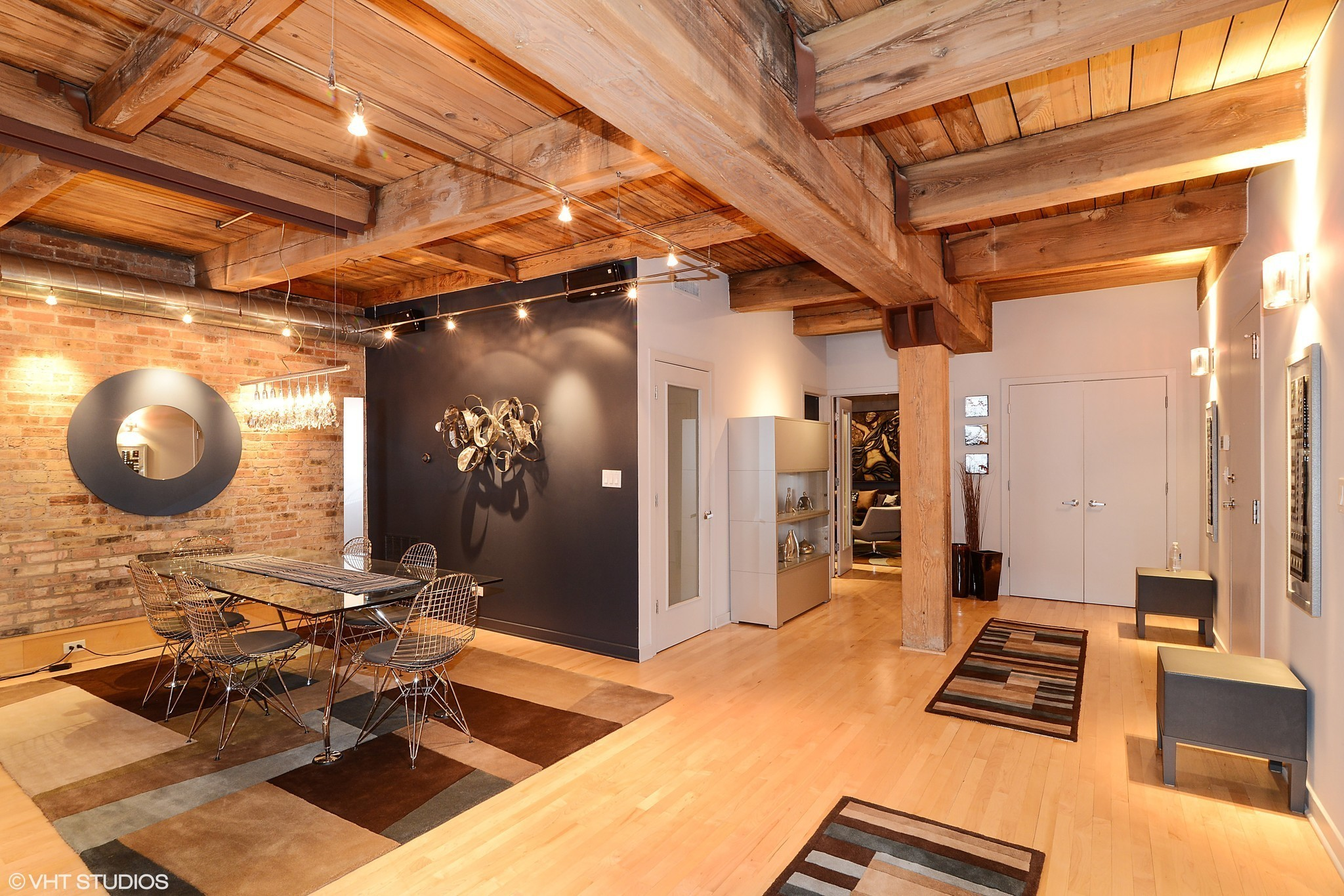 East Lakeview timber loft 999999  Chicago Tribune