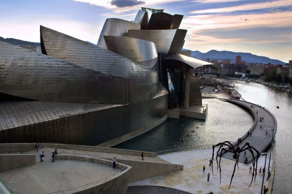 Two Decades Gehry' Guggenheim Bilbao Architecture Stand - Los Angeles Times