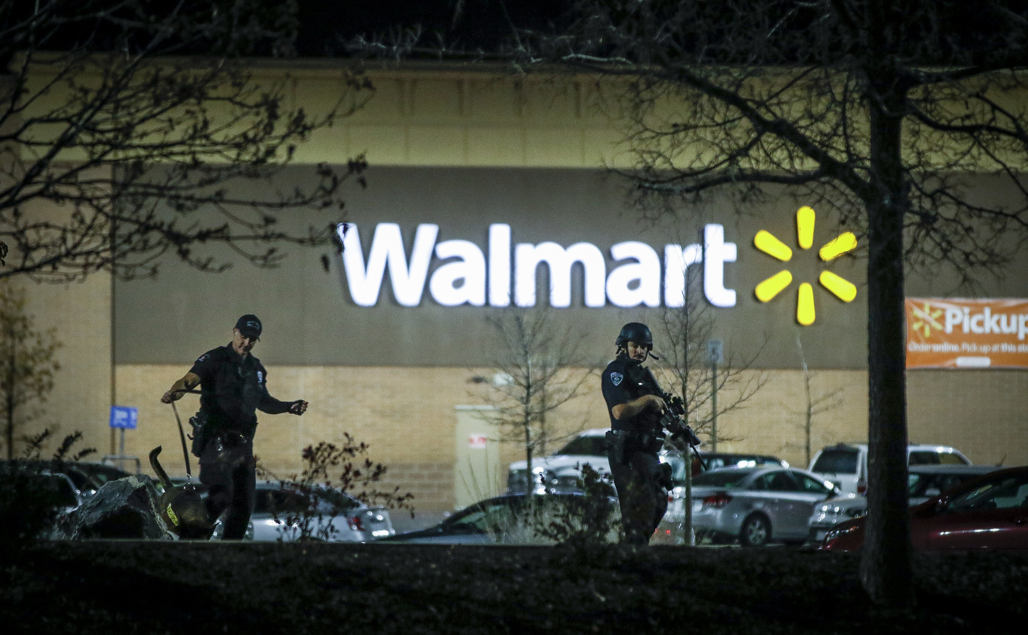 Are More Guns Helpful In Wal Mart Shooting Armed
