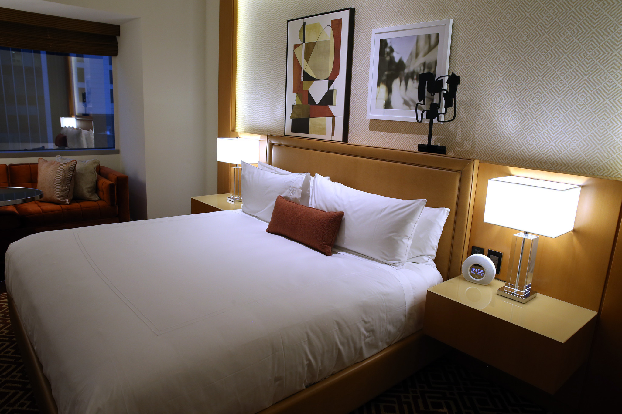 Conrad Chicago hotel offering rooms for 1114 a night