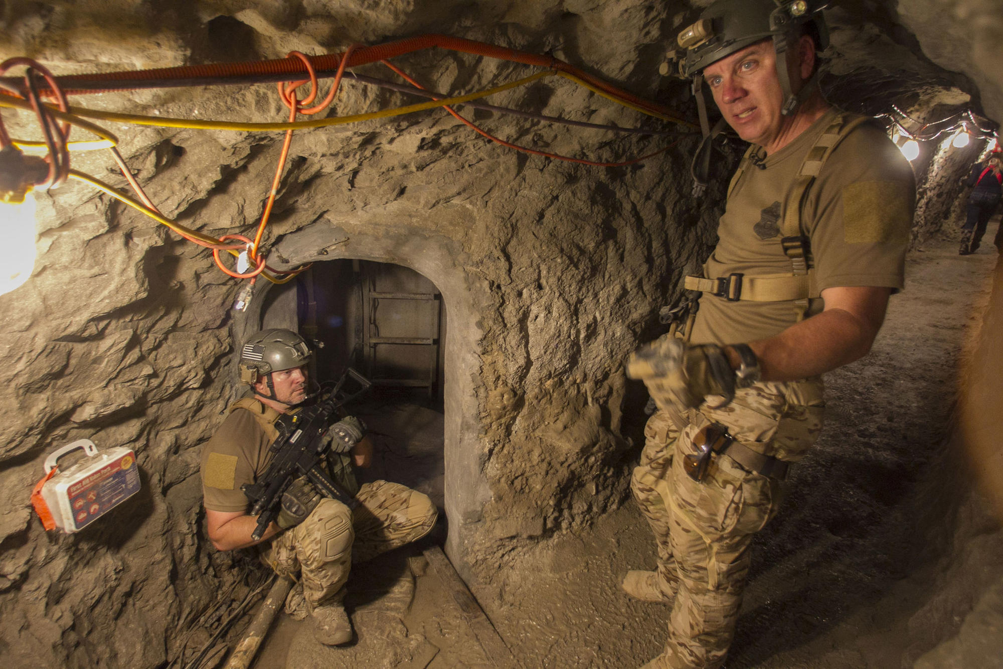 Border Patrols tunnel rats stalk drug smugglers in an underground game of hideandseek  LA Times