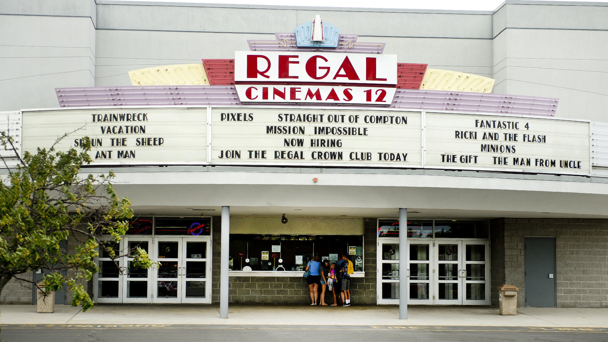 Regal Cinemas in sale talks with British movie theater owner  Lehigh Valley Business Cycle