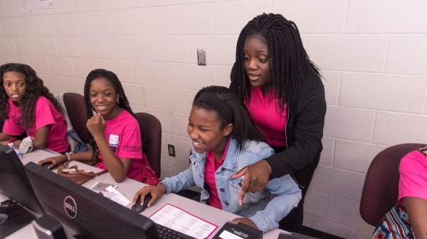 Girls' Tech Group Lands Grant Stem Education
