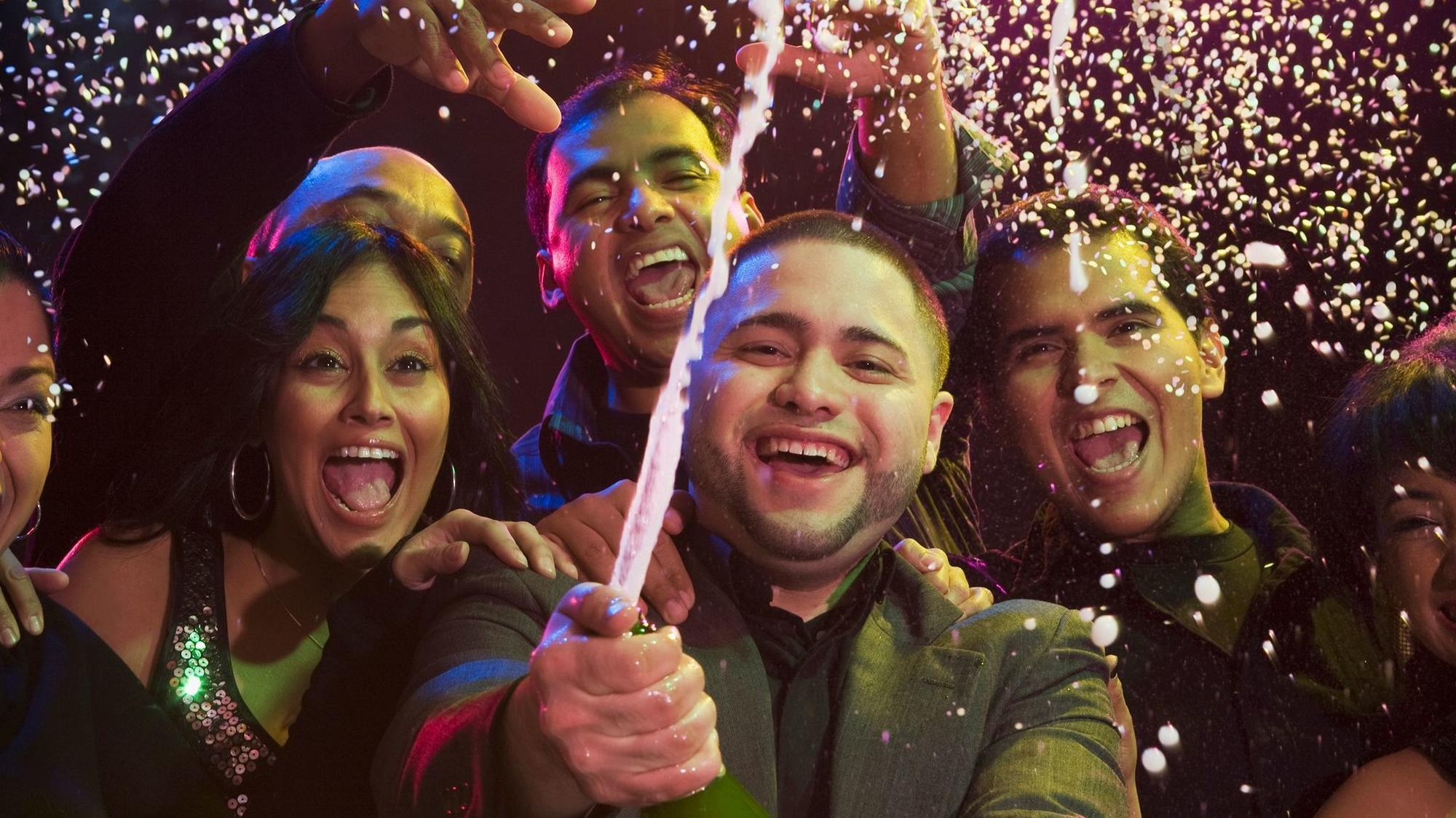 13 New Years Eve Parties For 100 Or Less In Chicago