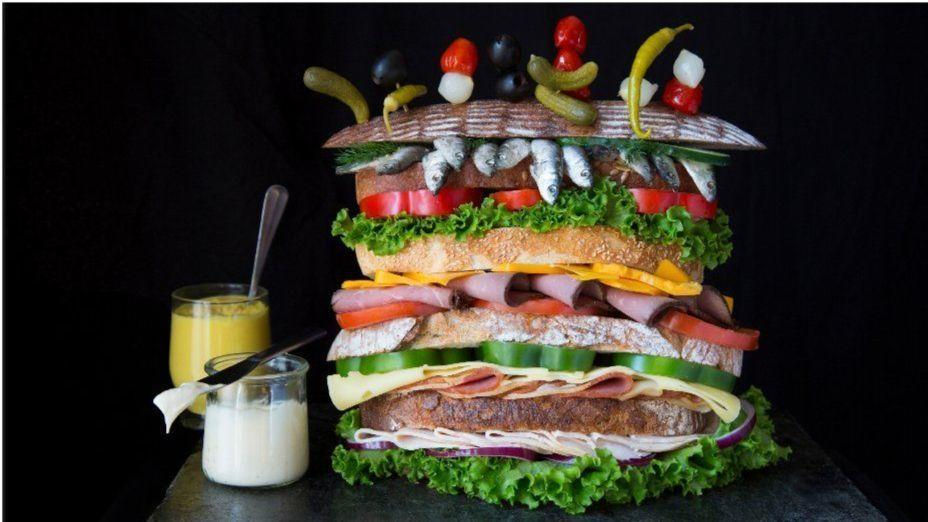 How latenight eating can wreak havoc on your body and