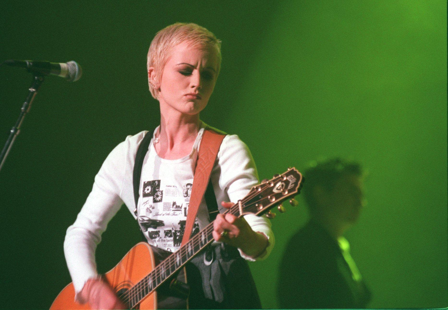 As Dolores O'Riordan's sudden death is ruled unsuspicious. musicians pay tribute to Cranberries frontwoman - Chicago Tribune
