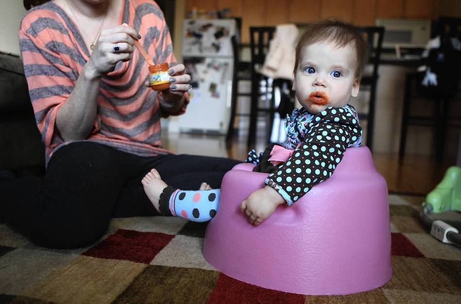 baby boppy chair recall swivel round base therapists see no developmental benefits from seats chicago tribune