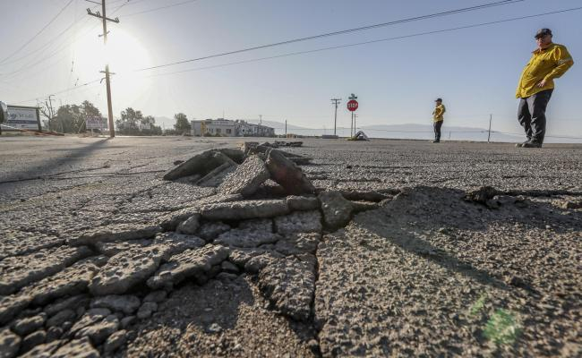 Photos 6 4 And 7 1 Earthquakes Rattle Southern California