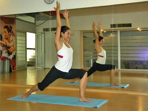 izlazi s mojim instruktorom joge datiranje kremenih strelica