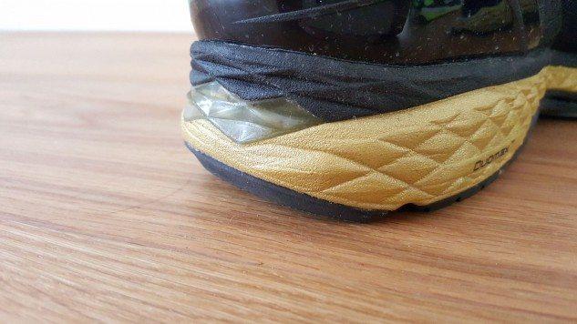 Asics-MetaRun-Heel-Detail-633x356