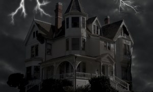 Lincoln Park Community Center Converts Into a Haunted House Oct. 28