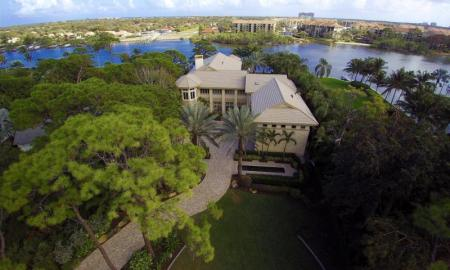 Real Estate: Fabulous Waterfront Home in Palm Beach Gardens