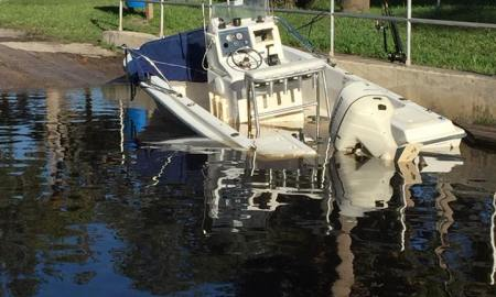 Boat accident sends one to the hospital in St. Lucie