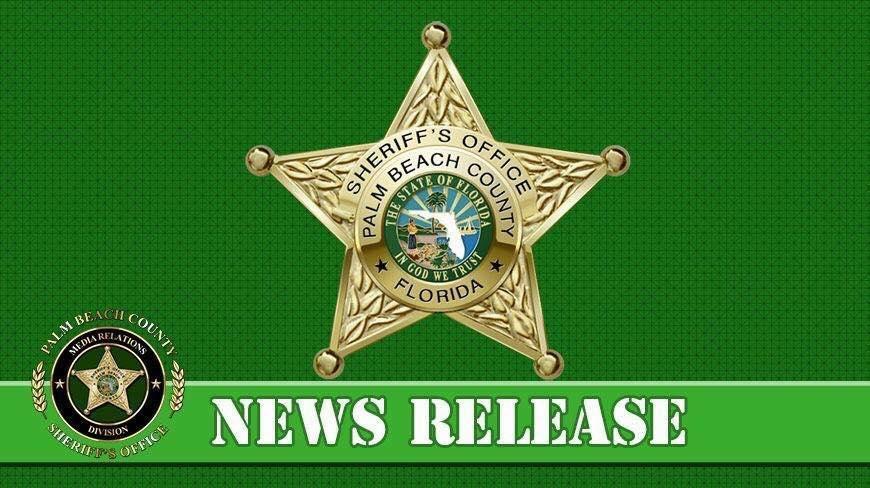 Five people killed in plane crash into Lake Okeechobee