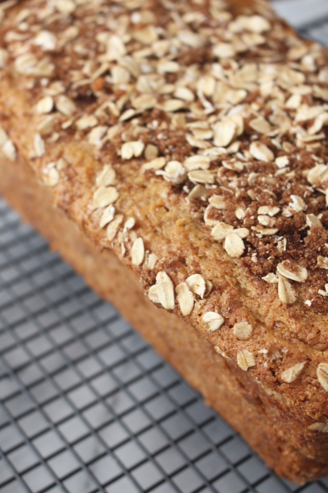 banana-bread-topping
