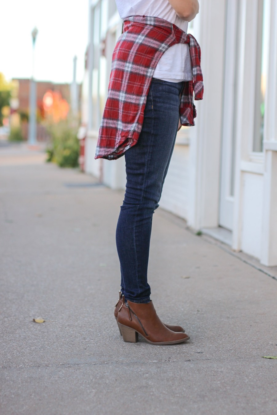 cognac booties, fashion blog, fall fashion, pinterest outfit, Treats and Trends, Jamie Kamber