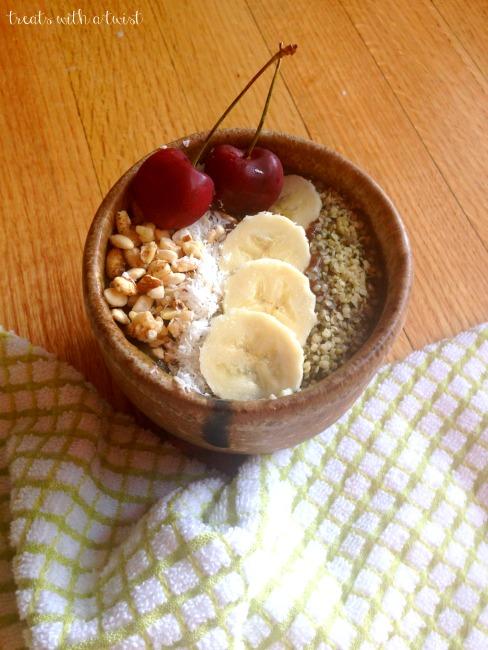 Cherry Banana Smoothie Bowl (treatswithatwist.com)