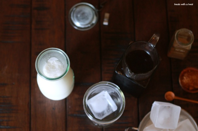Cardamom Infused Coconut Cashew Creamer // dairy free // treatswithatwist.com