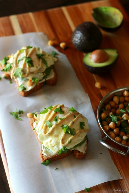 Garlic Herb Chickpea Sandwiches with Herby Sweet Potato Fries // gluten free // treatswithatwist.com