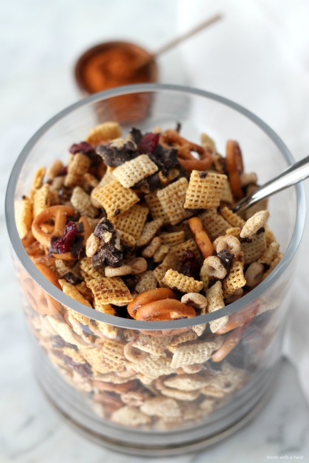 Spicy Sweet Chex Mix // gluten free // treatswithatwist.com