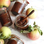 Slow Cooker Apple Butter // naturally sweetened // treatswithatwist.com