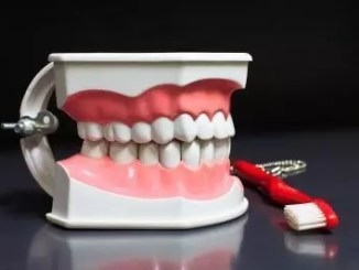 dentures by freedigital and patpitchaya