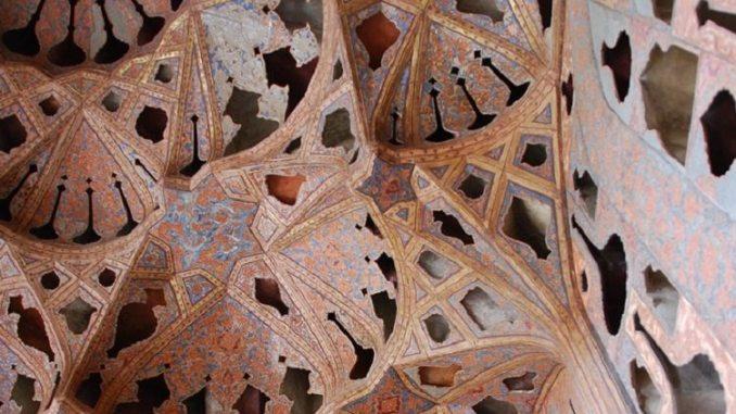 Iran, exquisite roof