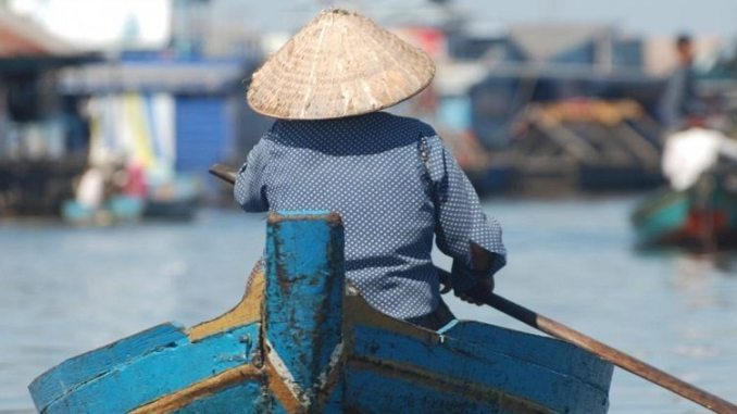 Mekong fishing by John Sabo and Arizona State University 1024