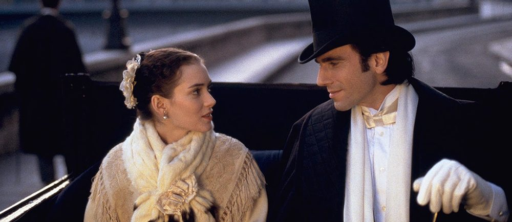 Winona Ryder and Daniel Day-Lewis in The Age of Innocence