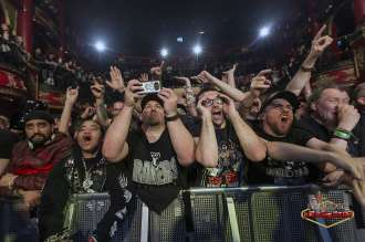 BODY COUNT CROWD 01