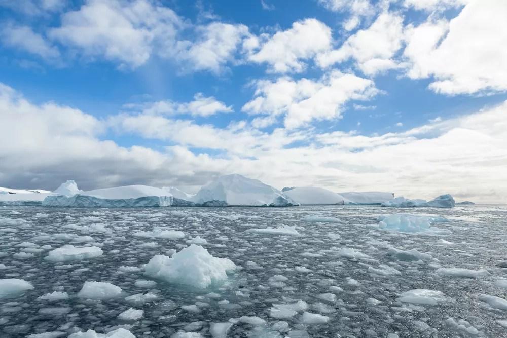 Melting ice flow