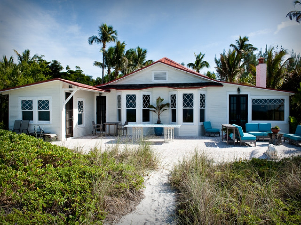 Cottage Style Homes Exteriors Tropical Beach Cottage Exterior beach cottage exteriors