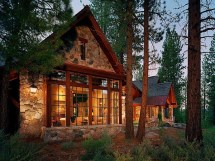 Log Cabin Homes in Mountains