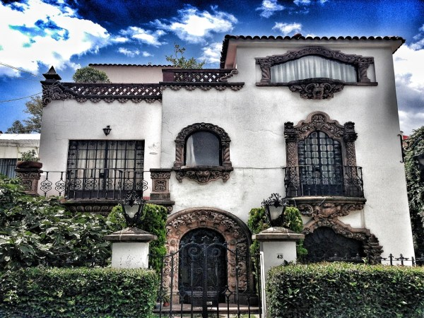Mexican Spanish Colonial Style Homes