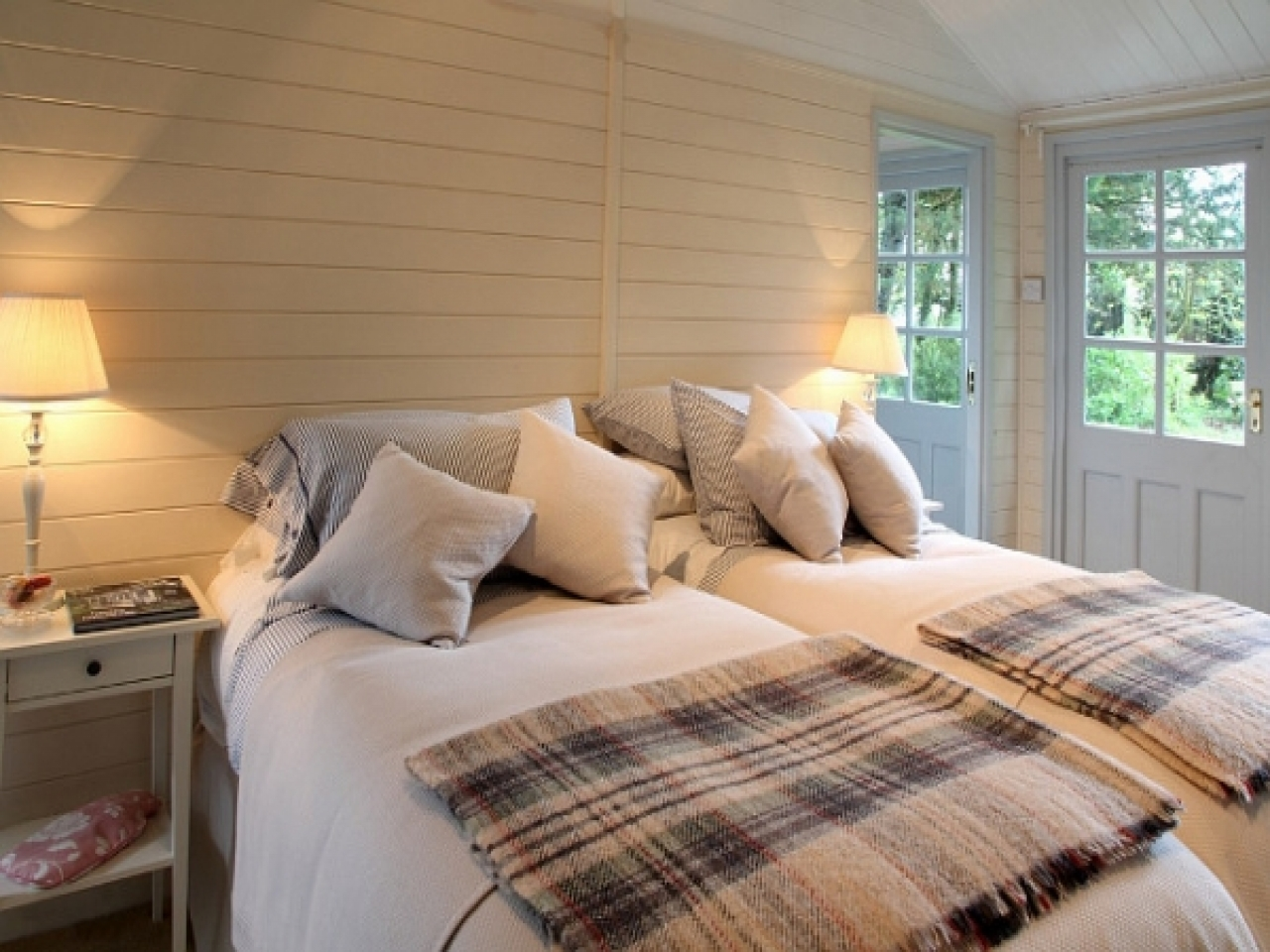 Beach House Bedrooms Designs Small Beach House Bedroom