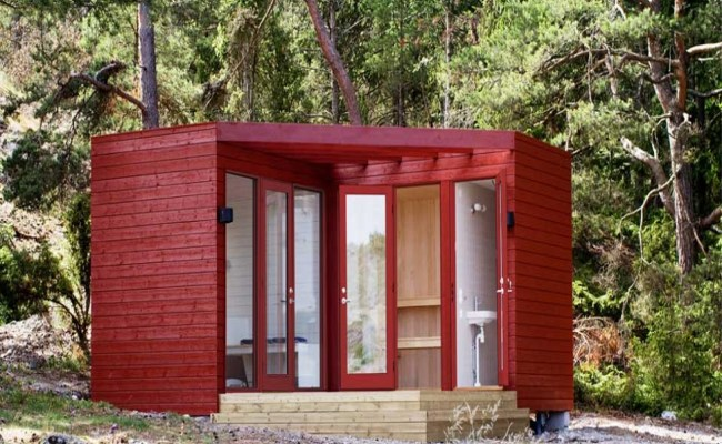 Tiny House Made From Pallets Lowe S Tiny Houses Compact