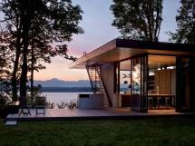 Small Modern Lake House Designs